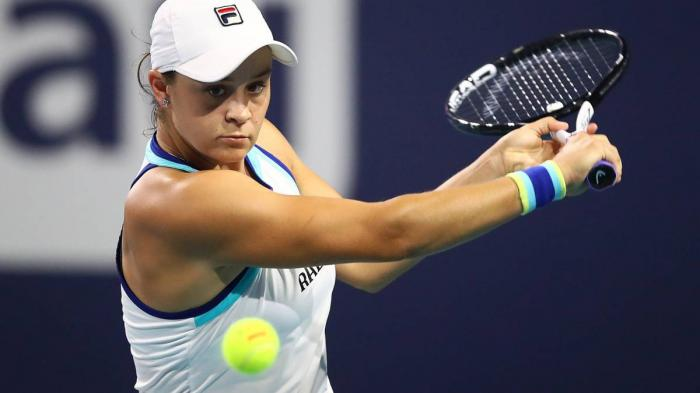 Ashleigh Barty entra cortando al top ten WTA