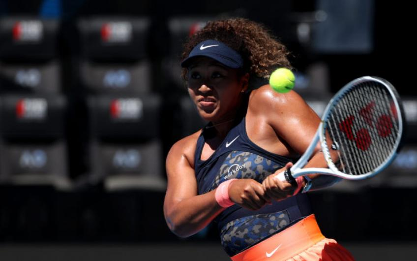 Naomi Osaka descarta comparación con Serena Williams por su victoria